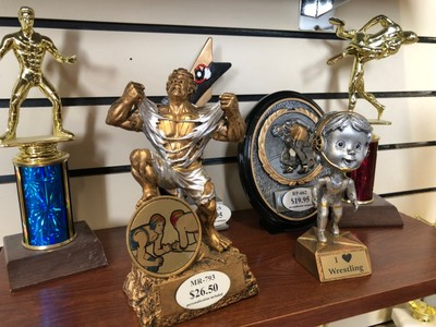 wrestling plaques trophies sioux falls